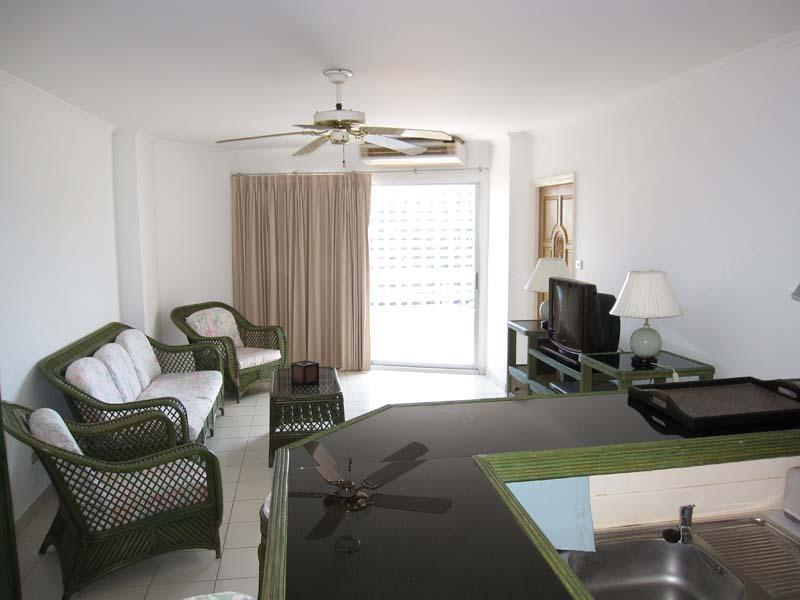 buy or sell 1 bedroom apartment with 64 SQM located in the famous Viewtalay 1 at