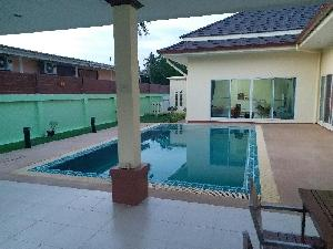 Nice privat house with pool on a big piece of land and surrounding walls at North East of Pattaya
