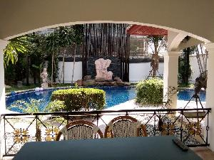 Super pool villa at Supanuch village at Pattaya