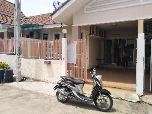 House Rental :  2 bedroom townhouse for rent, East of Pattaya, soi Khao noi at Pattaya East